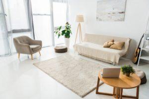 Teppiche / Möbel